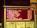 Pardubice hlavní nádraží, tabule odjezdů MHD.jpg