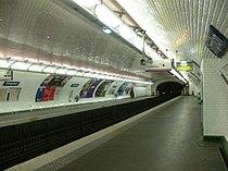 Paris - métro Simplon.JPG