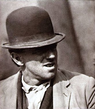 Paul Strand - Image: Paul Strand Bowler Hat