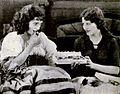 Pauline Starke & Alice Calhoun 1922.jpg