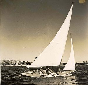 Alan Payne (naval architect) - Payne-Mortlock sailing canoe