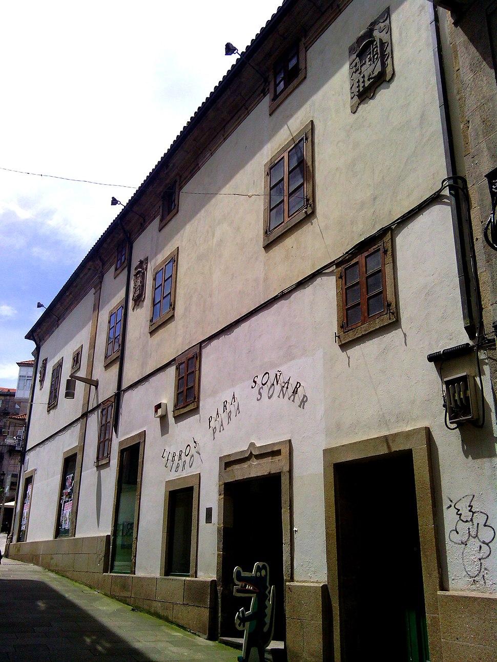 Pereira de Castro Fachada Rúa Triunfo 02