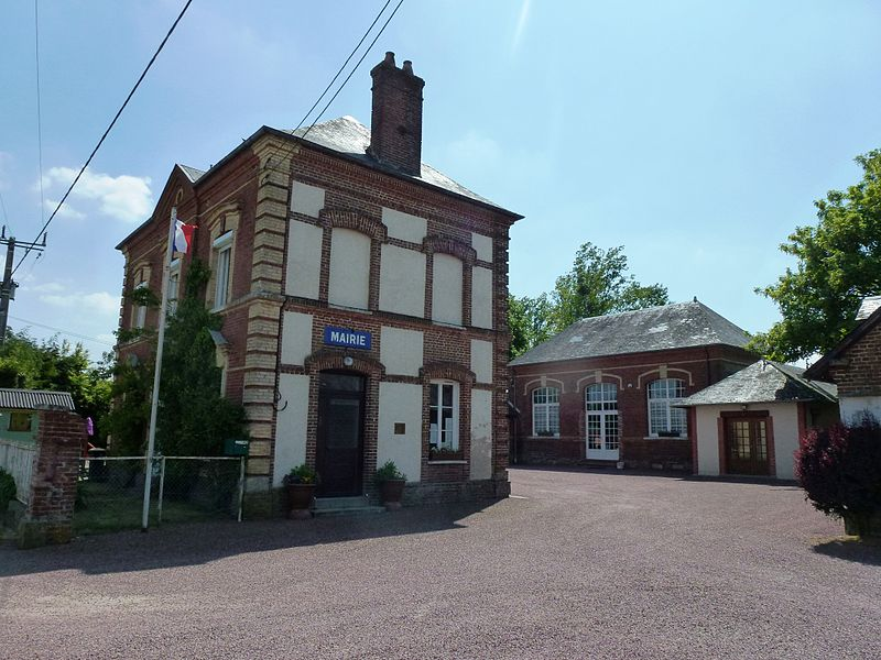 Piencourt (Eure) mairie - école