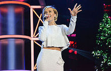 Polina Gagarina at Xmas Song of the year 2015 (1).jpg
