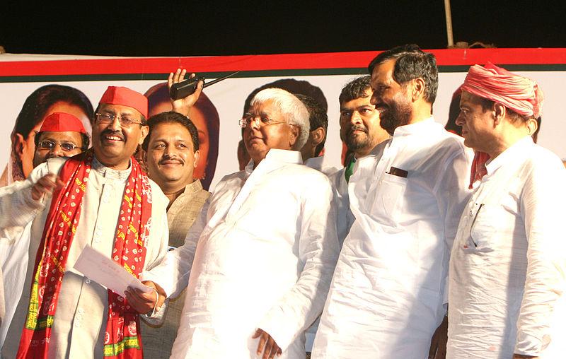 File:Politicians campaing in Mumbai - Flickr - Al Jazeera English.jpg