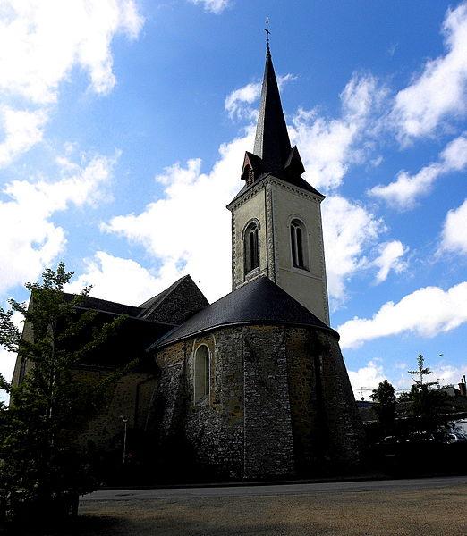 Église Saint-Martin de Pommerieux (53). Chevet d'origine romane.
