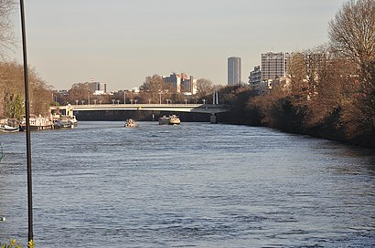 How to get to Pont de Billancourt with public transit - About the place