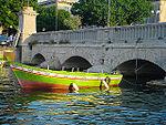 Ponte Umbertino con barchetta.jpg