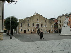 Portogruaro - Piazza della Repubblica, the main square, with the Town Hall.