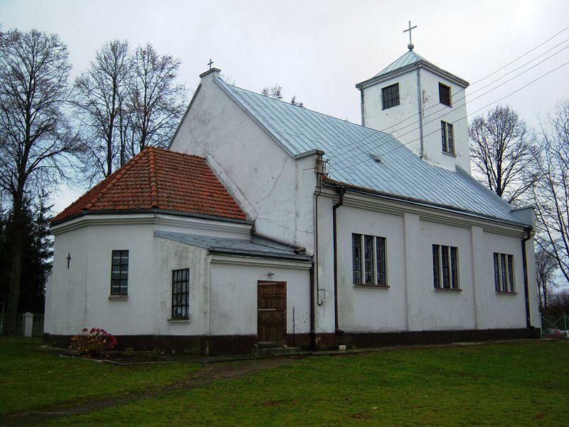 File:Priekulė Katalikų bažnyčia.JPG