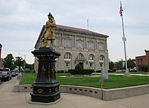 Putnam County Courthouse - panoramio (1).jpg