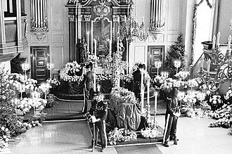 1938 in Norway - Queen Maud's coffin at Akershus Castle, guarded by four Royal Guards.