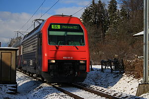 S5 (ZVV) - Re 450 with S5 train in Rüti.