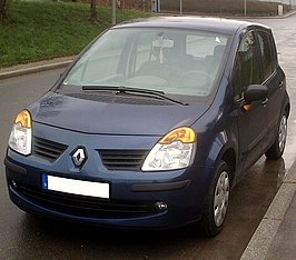 Renault Modus Phase I front.jpg
