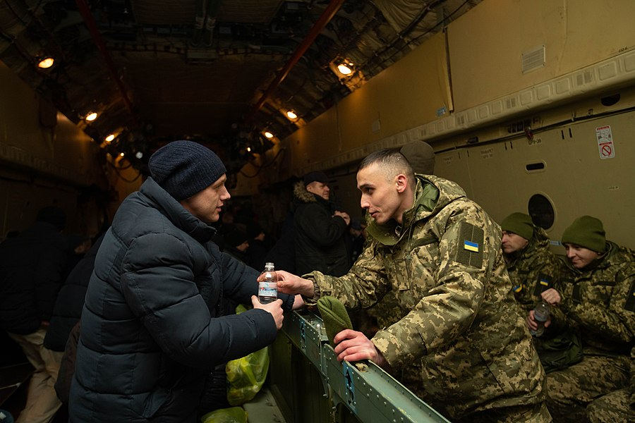 Return of liberated citizens to the territory controlled by Ukraine (2019-12-29) 077.jpg