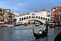 Rialtobrücke in Venedig.jpg