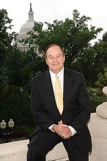 Richard Shelby, official portrait, 111th Congress.jpg