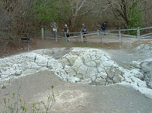 Rincón de la Vieja Volcano National Park - Image: Rincón Mudpot Field Apr 2003