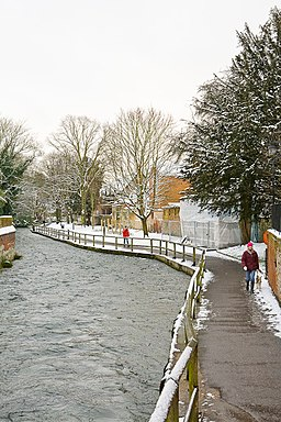 River Itchen after snow, Winchester - geograph.org.uk - 1146026