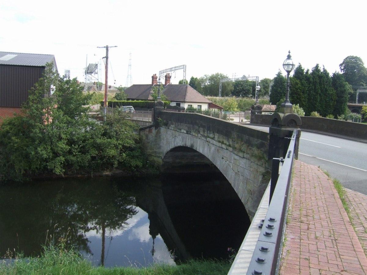 River Trent bridge - Station Road - geograph.org.uk - 1434862.jpg