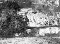Rocher et fontaine, Cahusac, 19 octobre 1897 (3556289019).jpg