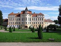 Rogalin. Pałac od strony parku