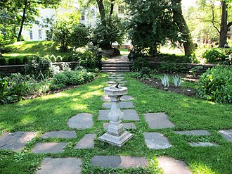 Morris–Jumel Mansion - The garden in Roger Morris Park, which serves as the grounds for the mansion