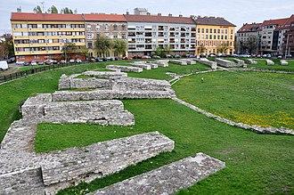 Aquincum Military Amphitheatre - Image: Roman amphitheatre (for the military), Budapest 03