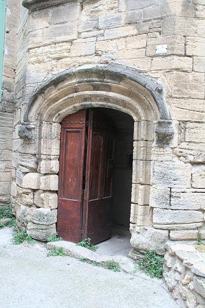 Roujan (Hérault) - château bas - porte.