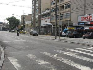 Rua Dias da Cruz, a principal do Méier.