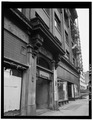 SIDE VIEW OF MAIN ENTRANCE LOOKING SOUTH. - Hotel Lenox, 1100-1116 Southwest Third Street, Portland, Multnomah County, OR HABS ORE,26-PORT,5-13.tif