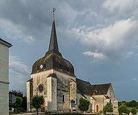 Saint Saturnin church of Poulaines 02.jpg