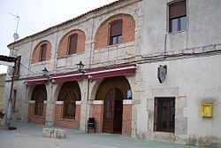 San Cebrian Mazote Ayuntamiento lou.jpg