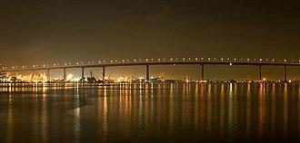 San Diego–Coronado Bridge - Image: San Diego Coronado bridge 01