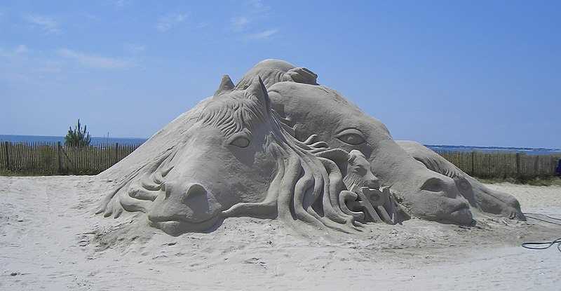 Image:Sand sculpture at Carnac.jpg