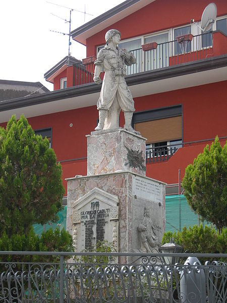 File:Santa Domenica Vittoria Monumento dei Caduti.JPG