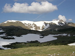 Schneeberg (Alps) - At the left the Klosterwappen (summit), at the right the Fischerhaus (mountain lodge), in the foreground the Ochsenboden.