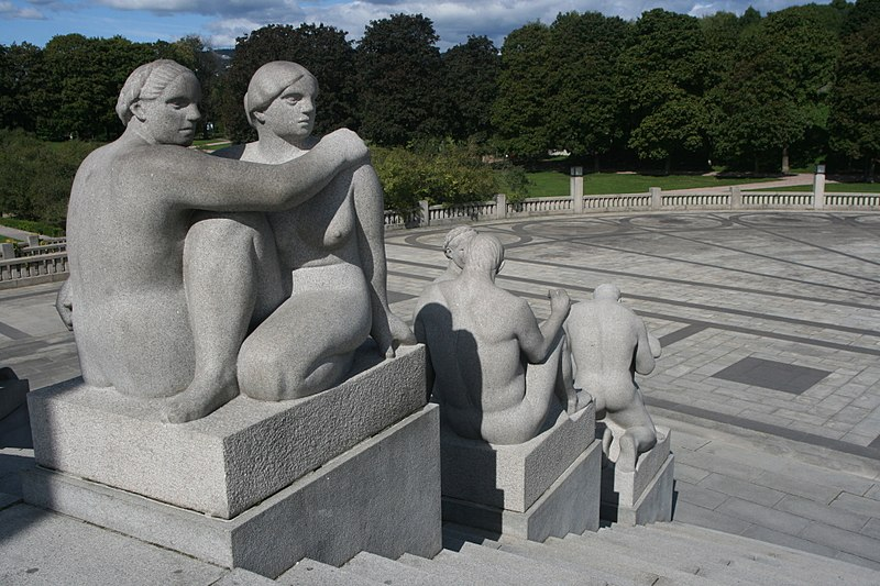 File:Sculptures at the Monolith Plateau in Vigeland Sculpture Park, Oslo, Norway - panoramio (14).jpg