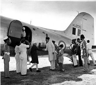 Sheikh Abdullah - Sheikh Abdullah receiving Nehru in Srinagar, 1947.
