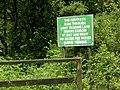 Signpost MOD land - geograph.org.uk - 497181.jpg
