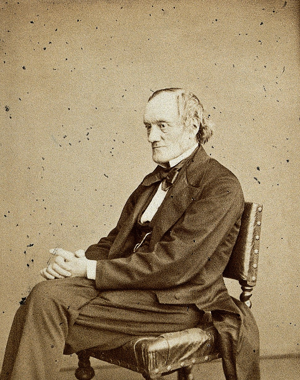 Sir Richard Owen. Photograph by Ernest Edwards, 1867. Wellcome V0028401