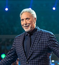 Sir Tom Jones at The Queen's Birthday Party (cropped).jpg