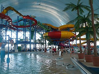 indoor water park in Niagara Falls, Canada