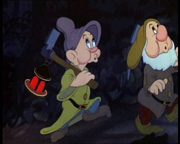 Snow white 1937 trailer screenshot (6)