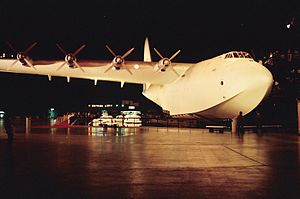 Duramold - The Hughes H-4 Hercules, made of birch ply Duramold