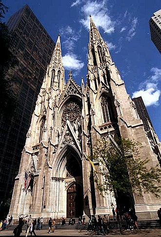 St. Patrick's Cathedral (Manhattan) - Image: St Pat Cath Ext 1