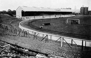 Stamford Bridge (stadium) - The brand New Stamford Bridge stadium in August 1905