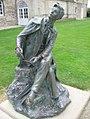 Statue étudiant, parc château Caen - 14.jpg