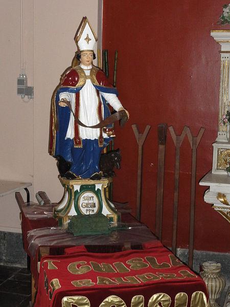 Statue de Saint-Ghislain avec son baudrier.