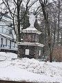 Statue du sacré-coeur face à l'église de Sainte-Geneviève-de-Batiscan (QC)-2020-11-27.jpg